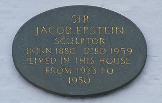 Plaque on Epstein's house in Baldwins Hill, Loughton